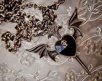 Vintage, pendant, skull, bat, steampunk, wings