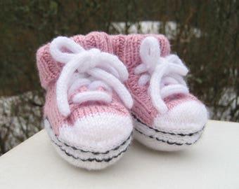 Sneaker socks for baby, giftwrapped