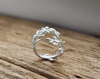 Olive Leaf Ring Vintage style