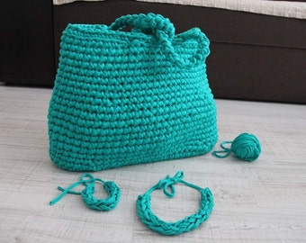 Bag crochet with accessories