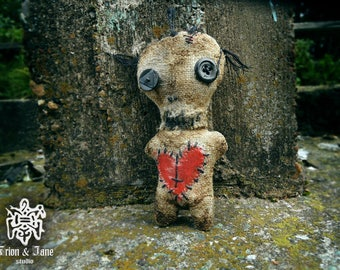 Voodoo/ Goth /Gothic / Doll Textile /Scary/Creepy /Voodoo Doll /Horror Doll /Horror Art/creepy art doll