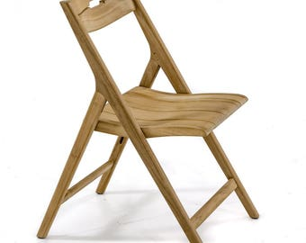 11916 - Surf Folding Chair - Sturdy, Strong and Sleek