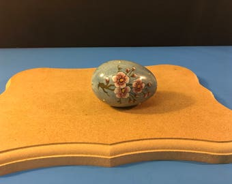 Hand Painted Capo di Monte Numbered Decorative Egg