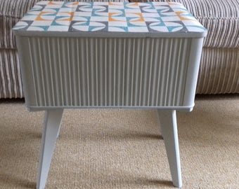 Vintage Retro Sewing Box
