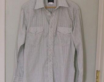 Men's Wrangler Shirt Size M