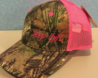 Jeep Girl Mossy Oak Camo Pink Embroidered Hat