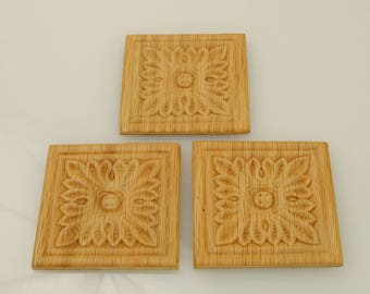 Square Wood Appliques 2- 1/2 X 2- 1/2 Inches 3 Pieces