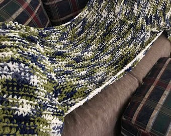 Multi color hand knitted throw