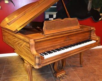 Baby grand Piano,Piano de cola,Piano a queue,flügel piano