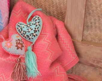 pink mexican rebozo / pink and gold