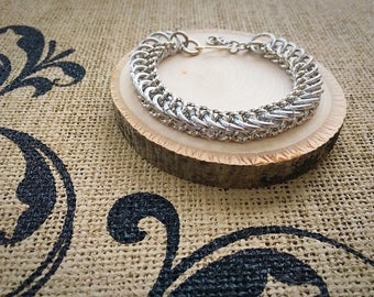 Chainmail Bracelet - Twisted/Textured Half Persian in Silver