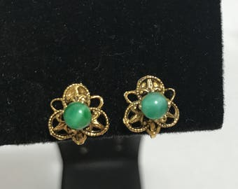 50% OFF | 1950's | Vintage Screw Back Earrings | green beads and gold tone