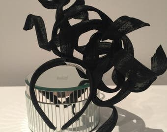 Medusa Black headpiece. Mint condition