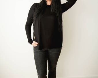 Minimalist black Top / Long Sleeved Top