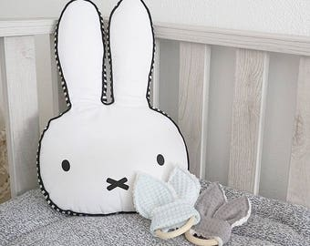 Wooden teething ring with rabbit ears + edge plush