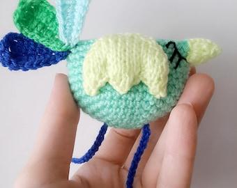 Bird brooch, crochet brooch, coat brooch, chicken brooch, bird pin, cute bird, kawaii