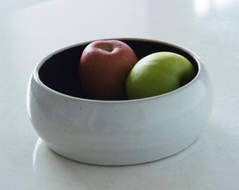 Ceramic Calabash Bowl in White and Black [ Fruit Bowl, Salad Bowl, ceramic, stoneware, modern, minimalist, Serving Bowl ]