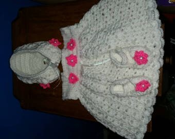 0 to 3 Month Dress with Bonnet and Sandals