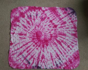 Burp cloth -pink swirl
