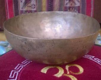 Ancient hand-forged metal singing bowl 7, type Jambati, Nepal.