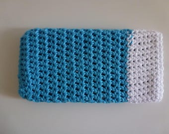 Cellphone case, crochet, blue white