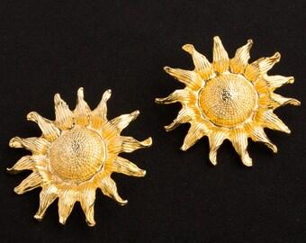1980s Clip on earrings Gold Sunflowers design