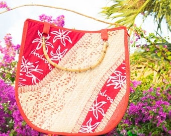 bahamian hand crafted straw bag