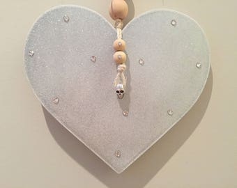 Sparkly silver heart wall hanging