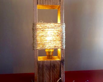 Wood Lamp - Upcycled Palet Wood Lamp