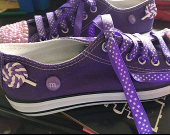 Customised purple pumps