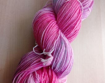 Hand-dyed wool glitter pink