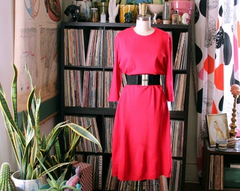 bright red 1960s shift dress . AS IS SALE . volup womens large or xl