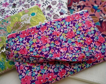 Wedding Clutch 2 pockets,medium, liberty of London,discount plan set, wristlet, cotton -- Pink floral