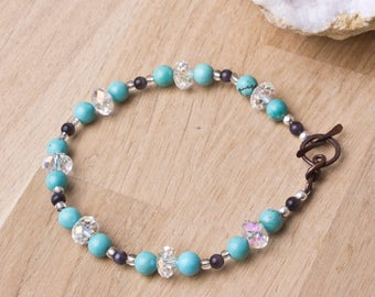 Turquoise bracelet - gemstones with cats eye glass and sparkling beads | Turquoise jewellery | Handmade copper clasp | Beaded jewelry