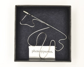 Wire Brooch Pin – Wave