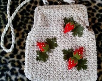 Vintage 1960s Purse 60s Shoulder Handbag Raffia Strawberries 2016430