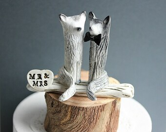 Arctic Fox and Wolf Wedding cake topper - Clay Artic Fox and Wolf Cake Topper - Woodland Cake Topper - Rustic Cake Topper -MADE TO ORDER