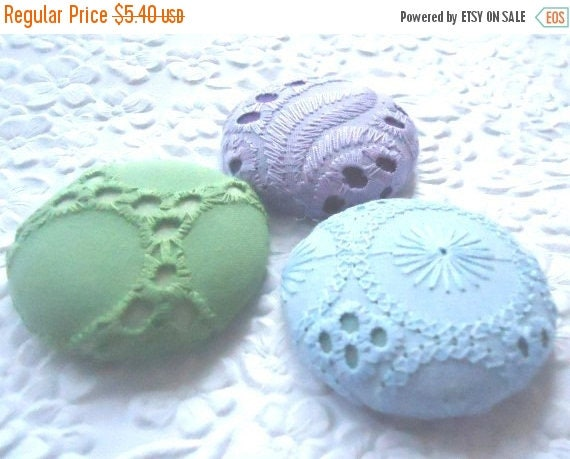 CLEARANCE - Purple buttons,  blue buttons,  green button, eyelet buttons,  size 60 buttons, set of 3 buttons
