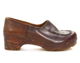 1960s Wooden Clogs / Vintage 1960s Brown Leather Slip On Mules / Boho Hippie Gypsy Bohemian Handmade Brazilian Shoes / Women's Size 7
