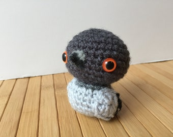 Pigeon Amigurumi - Rock Dove Doll