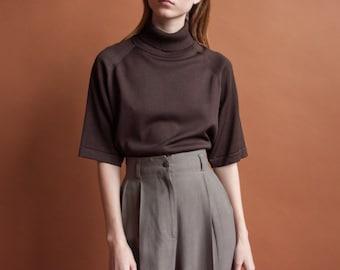 brown short sleeve turtleneck sweater / oversized sweater / oversized minimalist knit top / s / m / 2129t / B21