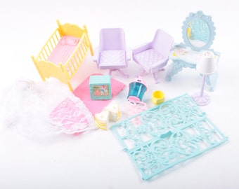 Toy Lot, My Little Pony, Paradise Estates Accessories, Nursery, Chairs, Vanity, TV, Crib, Lamp, Furniture ~ The Pink Room ~ 161231