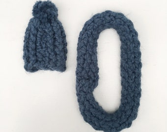 SALE knitted hat and shawl  set blue
