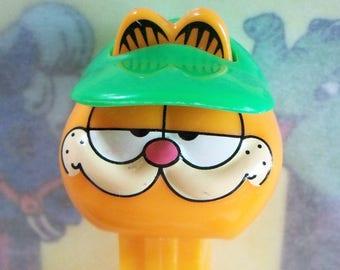 Vintage / Garfield PEZ Candy Dispenser / Series #1 / With Green Visor
