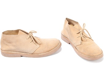 CHUKKA Boots 90s Beige Suede Leather Mens Vintage Ankle DISTRESSED Faded Booties Buckle Round Toe Boot sz US men 8.5, Uk 8, Eur 42