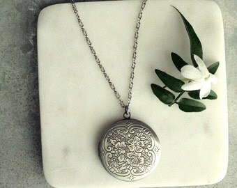 Silver Locket Necklace with Floral Pattern, Antiqued Silver Locket, Long Locket Necklace, Silver
