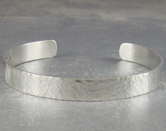 Hammered silver bracelet, engraved bracelet for men, silver cuff bracelet, Personalized bracelet, custom bracelet, message bracelet