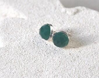 Green Earrings, Onyx Earrings, Stud Earrings, Sterling Silver,  Gemstone Earrings,  Emerald Green Earrings, 8 mm  stone, Gemstone Jewelry