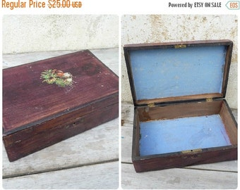 ON SALE 20% Vintage Antique 1900 wooden box trinket case with floral decalcomanie on the cover