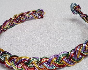 Aluminum braided wire choker necklace